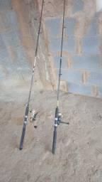 Vendo vara 02 varas de pescar com marineti.