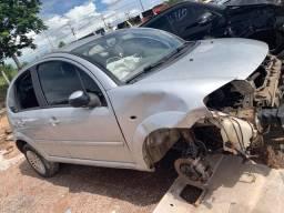 Sucatas de diversos veículos / para retirar peças / Vw auto peças Cuiabá
