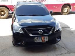 Vendo Nissan Versa SV 1.6 Flex Fuel MEC