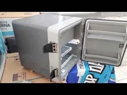 Geladeira Externa 67 litros Resfri Ar semi nova com Documentação e garantia