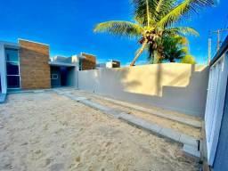 Casa plana com 3 quartos e amplo terreno em ótima localização no eusebio. Confira!!!