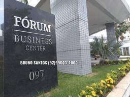 Fórum Business Center, Adrianopólis, metade de um andar, 166m², andar alto.