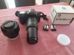 Maquina fotográfica Minolta + lente AF 70-210