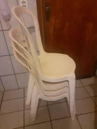 Mesa 4 cadeiras grande usada