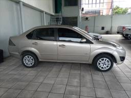Ford Fiesta sedan 2011 completo
