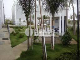 Apartamento com 2 dormitórios para alugar, 44 m² por R$ 600,00 - Shopping Park - Uberlândi