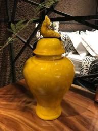 Título do anúncio: Vaso decorativo Amarelo 43cm