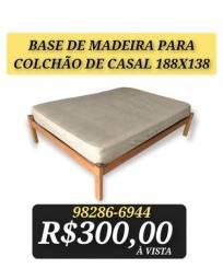 Título do anúncio: Cama de casal Madeira