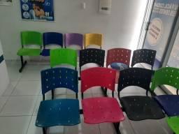 Título do anúncio: Cadeiras Longarinas para Consultórios