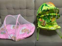 Colchão com mosquiteiro e cadeira de balanço de bebê