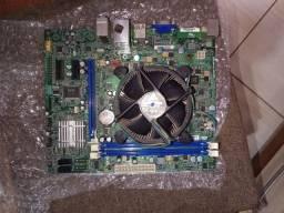 Placa mãe  Intel 1155  (  Com defeito )
