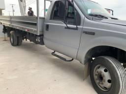 F4000 caminhão 3/4 cesto aéreo concha
