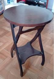Título do anúncio: Mesa mesinha de cande de madeira sem defeitos