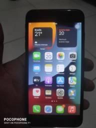 Título do anúncio: Vendo ou troco Iphone 7 plus 124 gb  por celulares com sistema Android.