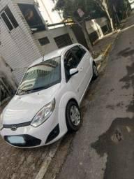 FIESTA  2014  SE  1.0  Super Novo  Carro  de Procedência   R$ 26.500
