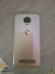 Moto z2 64 GB tela quebrada, 250 ou troca em celular inferior.