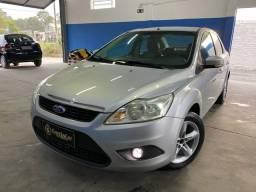 Focus sedan 2.0 2009 completo bco couro + placa i