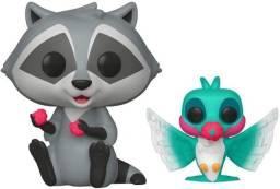 Funko POP! Disney: Pocahontas #233 - Meeko with Flit Earth Day