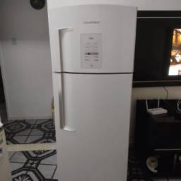 Título do anúncio: Refrigerador Brastemp Ative Brm48 403 Litros Smart Ice Branco 220v