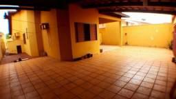 Casa 4 Quartos, sendo 1 Suíte, 183 m² c/ Quintal na 108 Norte