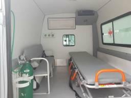 Ambulancia impecavel - 2014