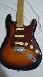 Guitarra Squier Stratocaster Standard Com Bag
