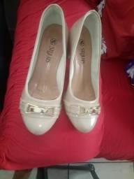 6c166d7fe84 Vendo esse sapato está novo usei só uma vez