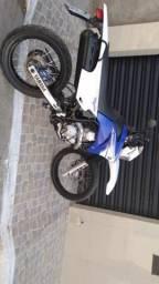 Yamaha Lander - 2011