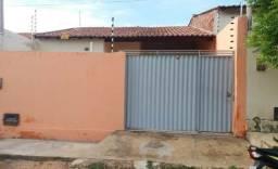 Casa em Cajazeiras-PB (3 Quartos - Garagem) - R$ 450,00