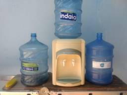 Bebedouro Masterfrio, gela muito, com 3 galões ótimo estado, higienizado