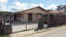 Casa com amplo terreno, ótimo para pequeno sítio em Jaguaruna