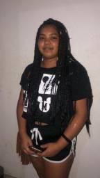 Faço box braids(linha e jumbo), nagô, e entre outros penteados com tranças
