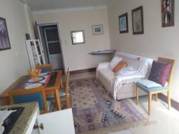 Vendo  quarto e sala mobiliado na Pituba
