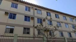 Alugo 2 quartos com dependência em Jardim Da Penha