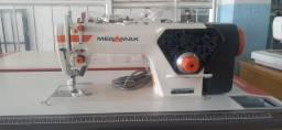 Máquina de costura e na União Máquinas