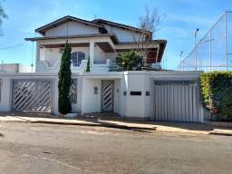Casa com Ampla Área de Lazer