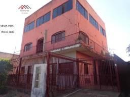 QS 304 Ótimo Prédio com 5 Apartamentos com 2 e 1 Quartos E s c r i t u r a d o