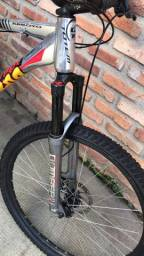 Vendo bicicleta tá nova