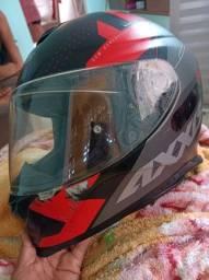 Vendo dois capacetes