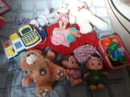 Vários brinquedos SÓ  HOJE