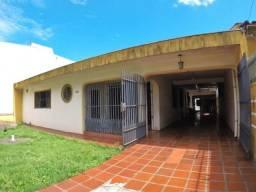 Venda | Casa com 178.37m², 3 dormitório(s), 3 vaga(s). Zona 06, Maringá
