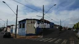 Loja à venda, 900 m² por R$ 1.240.000,00 - Centro - Araguari/MG