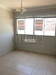 Apartamento com 3 dormitórios à venda, 70 m² por R$ 190.000,00 - Nossa Senhora das Graças