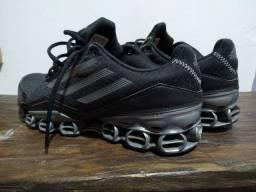 Tênis Adidas original número 39