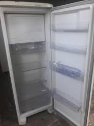 Título do anúncio: Conserto de geladeira gelagua friser