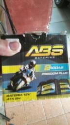 Bateria de moto nova 8vts