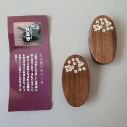Apoio para hashi Flor de Cerejeira Studio Yumi Jp