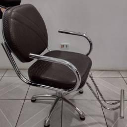 Título do anúncio: Cadeira para Cabeleireiro e Designer