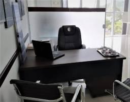 Mesa escritório em L, com gaveteiro