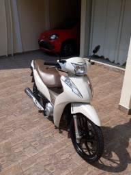 Título do anúncio: Honda Biz 125  completa série especial